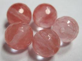 Розовый халцедон камень